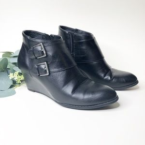 G.H. Bass | Black Ankle Wedge Bootie - Sz 8.5